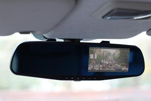 kamera-za-snimanje-voznje